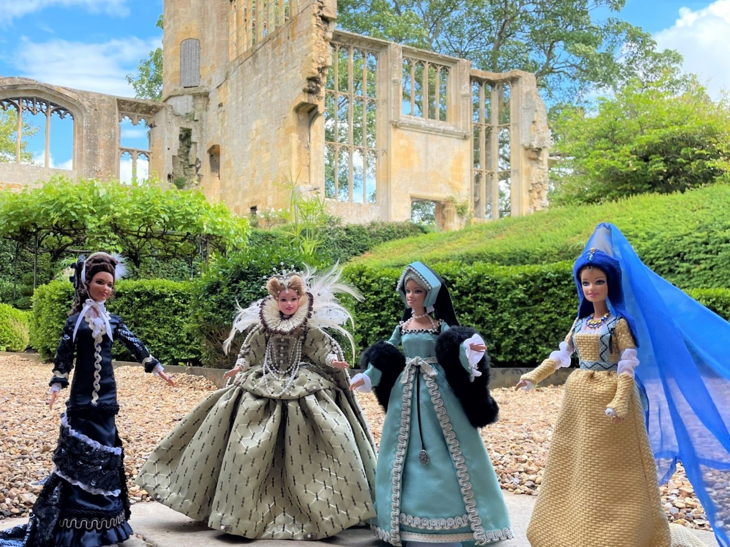 Four dolls inspired by Victorian style, Queen Elizabeth 1, Tudor and Medieval