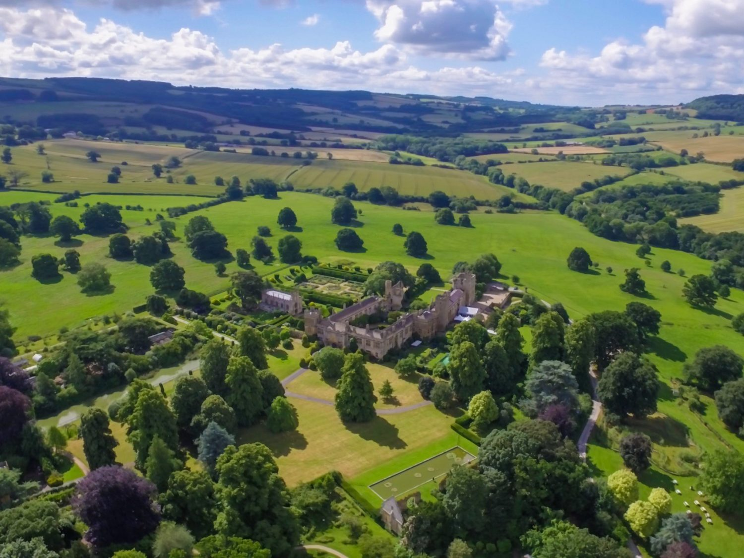Drone shot of Sudeley Castle