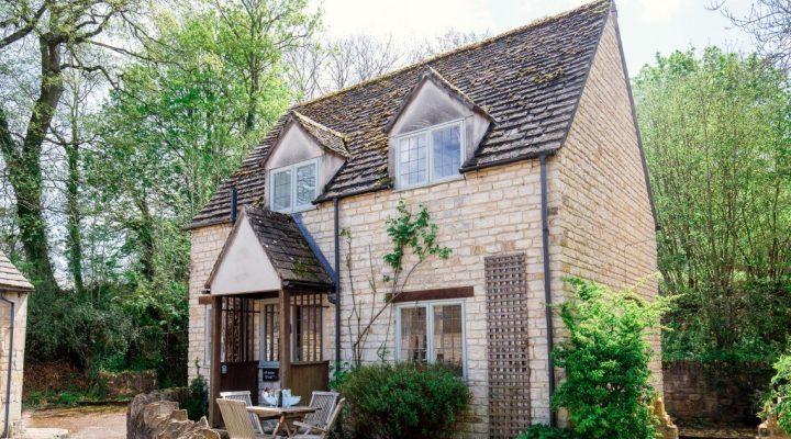Photograph of Emma Dent Cottage