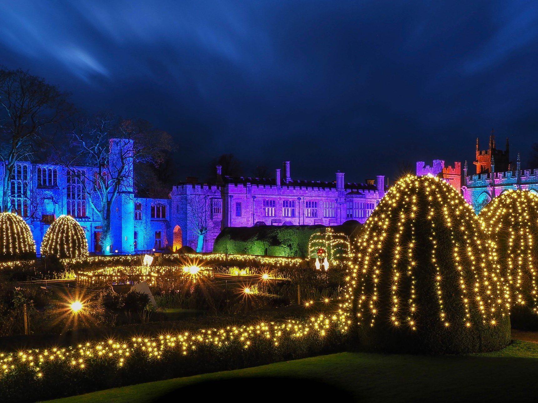 Christmas Spectacular Queen's Garden lit up