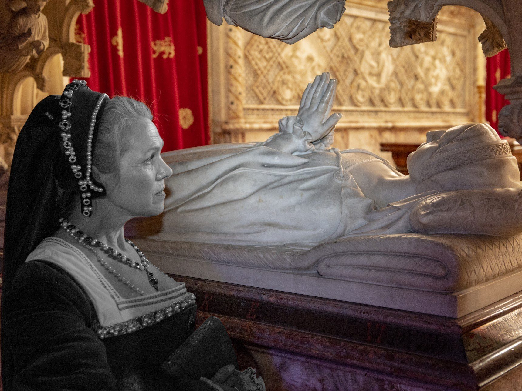 Katherine Parr costumed character in front of tomb